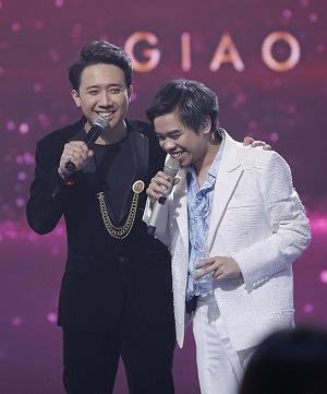 Lần đầu tiên, Trấn Thành và chủ nhân loạt hits 2019 cùng hội tụ đêm Giao thừa